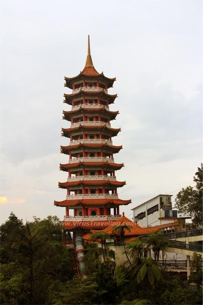 pagoda-chin-swee-temple