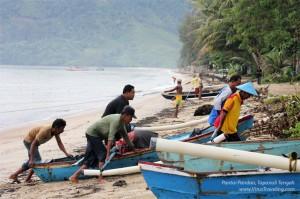 Nelayan dan Pantai Pandan