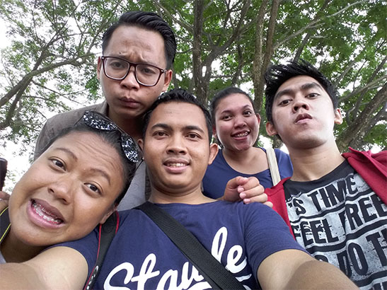 samsung-j5-selfie-waterfront-kuching