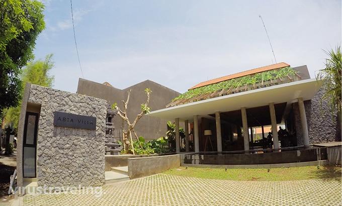 abia-villa-legian-front