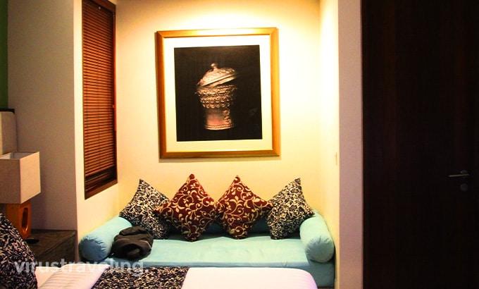 royal-samaja-villas-bedroom-sofa