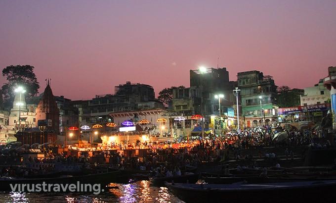 varanasi-gangga-night-pooja-ceremony