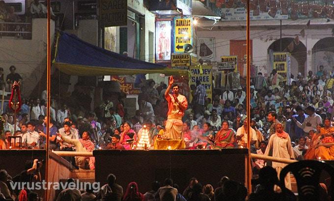 varanasi-night-pooja-ceremony