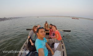 varanasi-sunset-boat-ride-gangga-2
