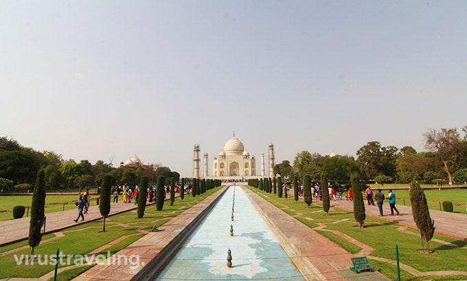 taj-mahal-from-great-gate