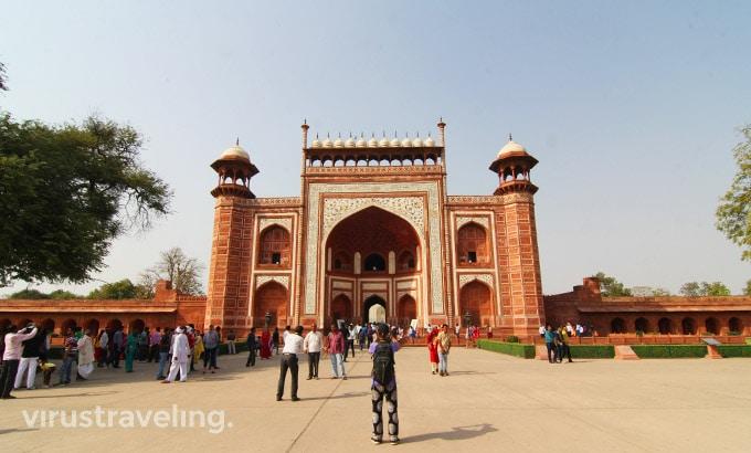 taj-mahal-great-gate