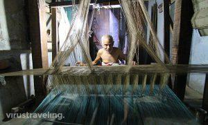 varanasi-traditional-saree-india-maker