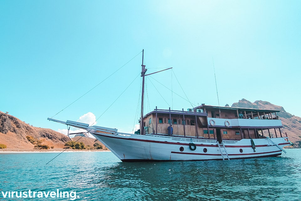 Kapal ke Pulau Padar Labuan Bajo
