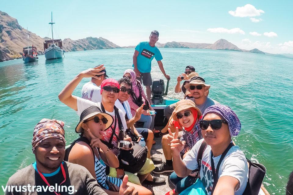 Sampan Kecil menuju Pulau Padar Labuan Bajo
